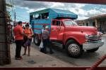 Cuba Kuba public transport red car privat car privat business Viñales Viniales